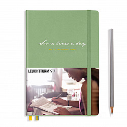 Leuchtturm1917 Some Lines a Day - the 5 Year Memory Notebook / Dagboek - Muted Colours - Sage