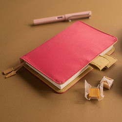 Hobonichi Techo Planner A6 2022 Set - Colors: Caramel Pink (English / A6 / January Start / Book + Cover)